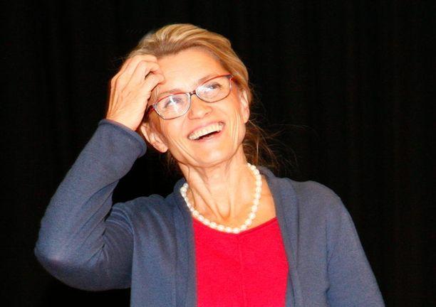 Päivi Räsänen kritisoi ehdotusta eutanasian sallimisesta.