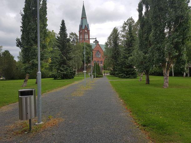 Veriteko tapahtui keskellä kaupunkia sijaitsevassa Kirkkopuistossa.