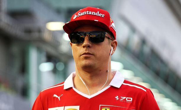 Huippustarttikaan ei lämmittänyt Kimi Räikköstä.