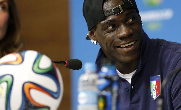 Mario Balotelli hauskutti jälleen.