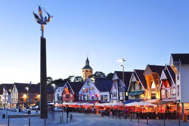 Stavanger on Norjan neljänneksi suurin kaupunki. Keskiajalla perustetun Stavangerin arkkitehtuurissa yhdistyvät uusi ja vanha.