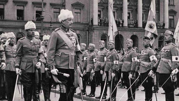 Mannerheim määräsi Itä-Karjalan venäläisen väestön vangittavaksi.