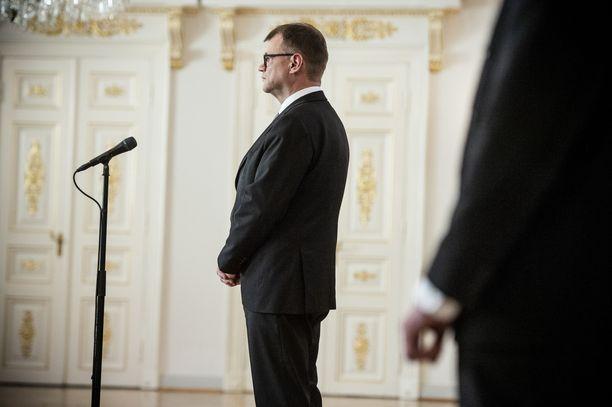 Aktiivimalli oli Juha Sipilän (kesk) hallituksen hanke, joka henkilöityi pitkälti pääministeri Sipilään (kuvassa) ja työministeri Jari Lindströmiin (ps, sin).