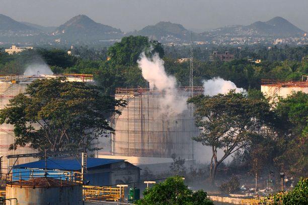 Tästä tehtaasta kaasu vuosi.