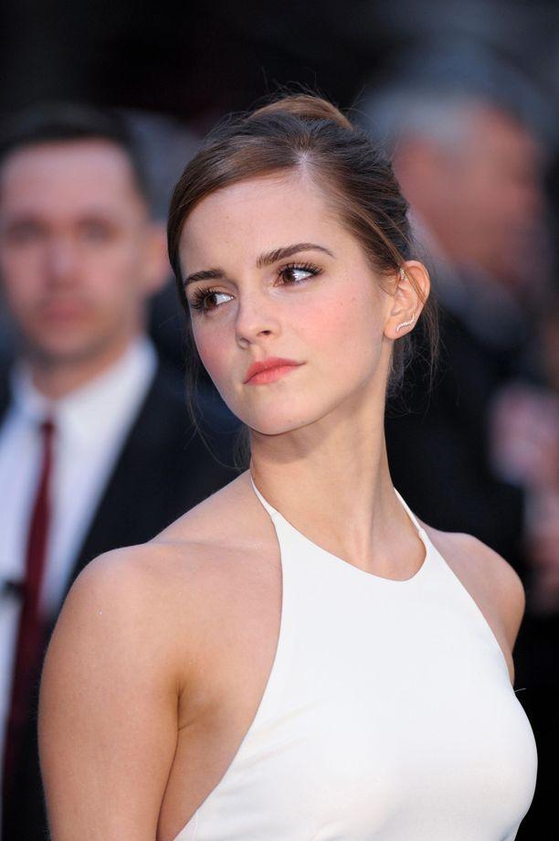 Emma Watson on uskotellut itselleen, ettei olisi ansainnut kaikkea saamaansa hyvää.