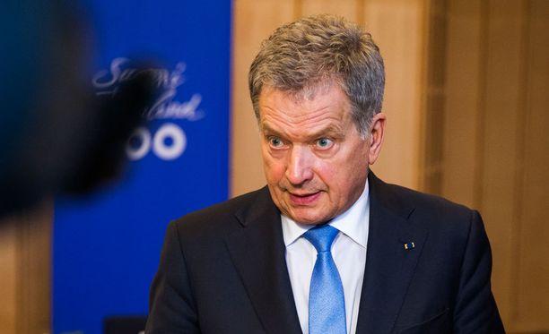Presidentti Sauli Niinistö kertoo maanantaina jatkoaikeistaan.