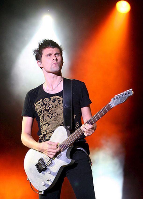 Musen keulamies Matthew Bellamy paljastaa, että seuraava levy saattaa olla aiempaa tanssittavampi.