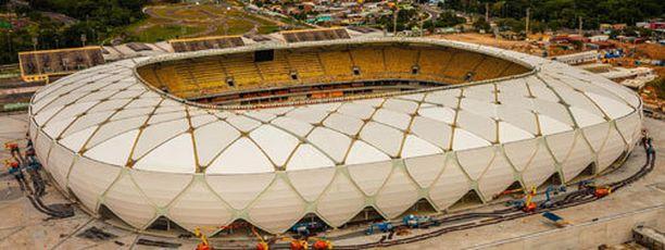 Manauksen stadionin suhteen on tekemistä niin sisä- kuin ulkopuolellakin.