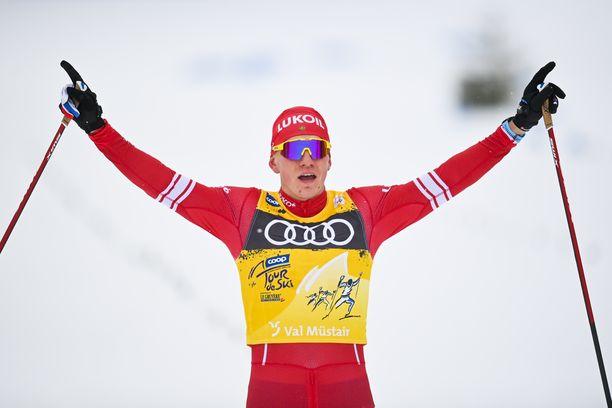 Aleksandr Bolshunovilla on nyt 21 maailmancupin osakilpailuvoittoa. Ilman sairastumista tai onnettomuutta hän voittaa tämän kauden Tour de Skin.