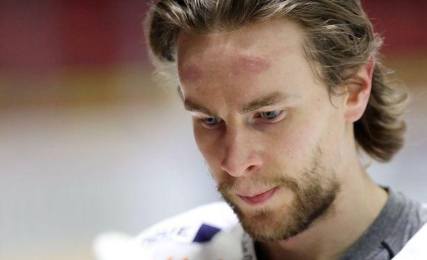 Mikael Ruohomaa pääsi juhlimaan torstaina uransa ensimmäistä Suomen mestaruutta.