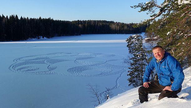 Viime talven lumipiirrokset saattoivat Pyykön mukaan kestää parikin viikkoa hyvinä. Tänä talvena piirros on saattanut olla vettynyt jo seuraavana aamuna.