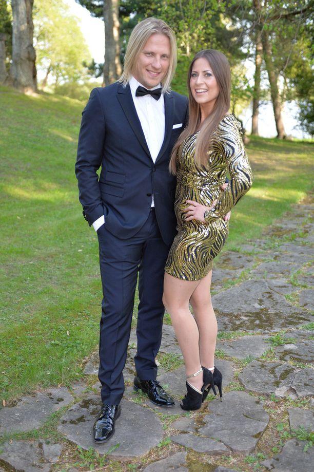 Sami Kuronen ja hänen naisystävänsä Mirkka Torikka edustavat upeina.