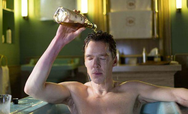 Benedict Cumberbatch esittää Patrick Melrosea.