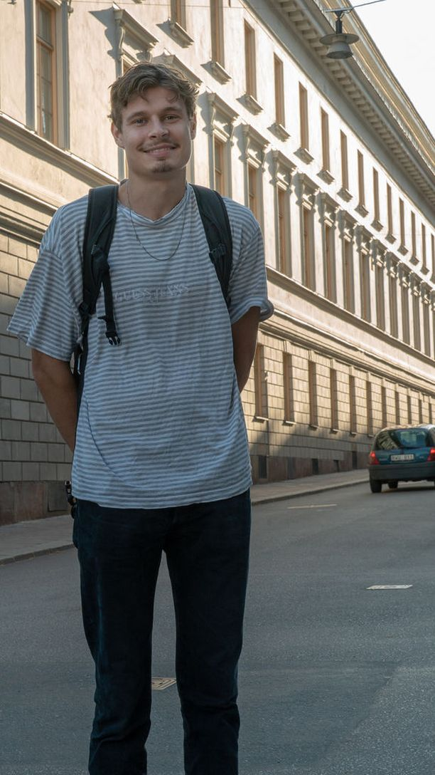Erik Selin kävi äänestämässä Ruotsin valtiopäivävaaleissa Tukholman keskustassa. Hänestä päätös puolueiden välillä oli vaikea.