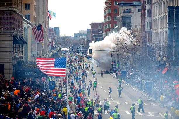 Bostonin maraton huhtikuussa 2013 päätti kolmen ihmisen elämän. Yli 260 haavoittui.