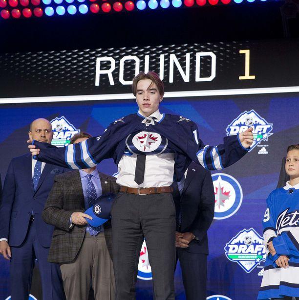 Winnipeg Jets varasi kesäkuussa Ville Heinolan pelaajaoikeudet.