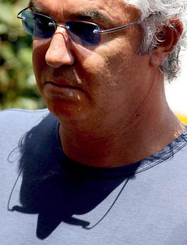 Flavio Briatoren mielestä F1-sarjan tehtävä on viihdyttää yleisöä.