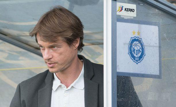 HJK:n päävalmentaja Mika Lehkosuo vaatii joukkueeltaan parempaa murtautumista.