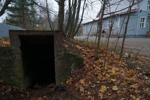 16-vuotias lappeenrantalaistyttö löytyi kuolleena maakellarista.