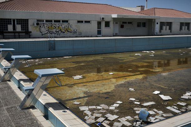 Olympiakylän uima-allas näytti neljä vuotta sitten tältä.