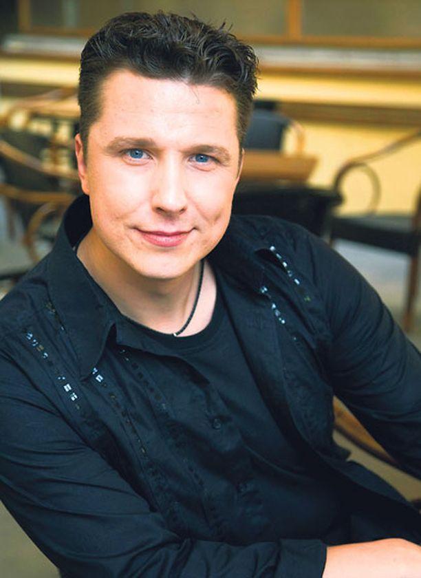 USKOA Janne Tulkilta ilmestyy uusi albumi ensi kuussa.
