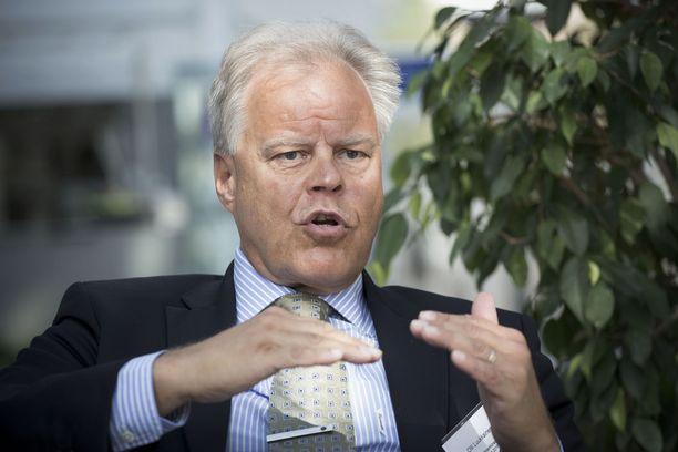OAJ:n puheenjohtaja Olli Luukkainen on ollut perinteisesti kovapalkkaisin ay-pomo, niin tälläkin kertaa. OAJ:lla on lähes 120 000 jäsentä.