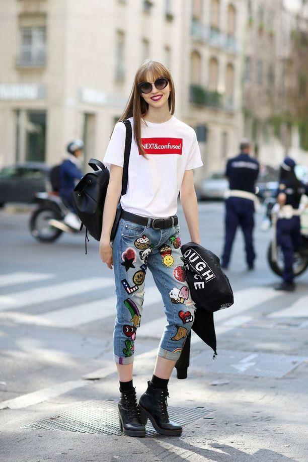 Farkut ja t-paita-yhdistelmä saa uutta nostetta painatuksesta ja kirjailuista.