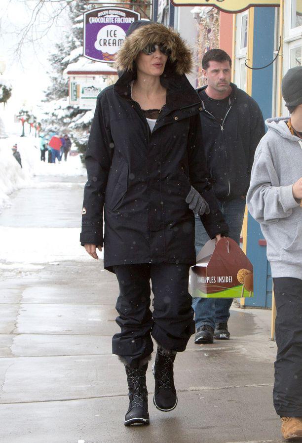 Angelina Joliekin luottaa Soreliin.