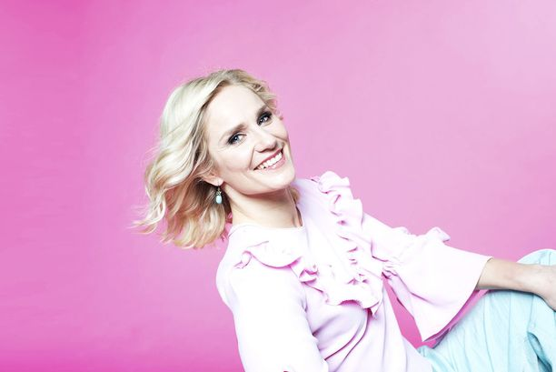 Laura Malmivaara ei ole ollut useinkaan mukana tv:n viihdeohjelmissa.