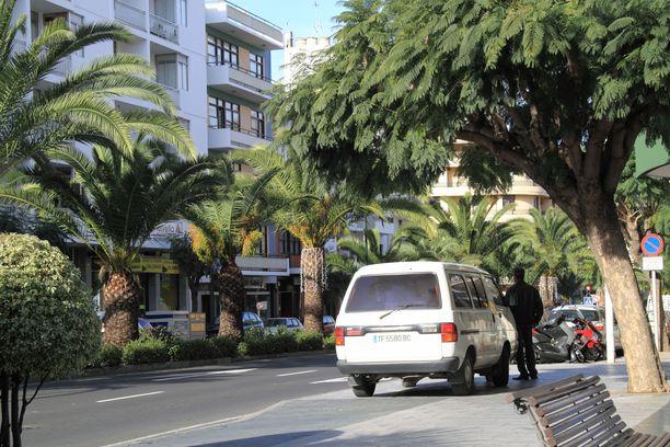 Auton vuokraaminen on hyvä tapa liikkua La Palmassa paikasta toiseen. Tiet ovat hyvässä kunnossa.