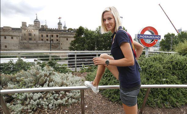 Camilla Richardsson kilpailee Lontoon MM-kisoissa 3 000 metrin estejuoksussa.