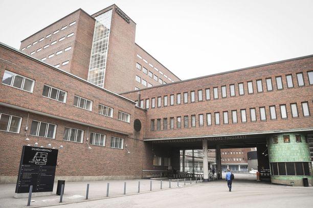 Lapsen seksuaalinen hyväksikäyttäjä tuomittiin vankilaan vuoden 2013 teoista.