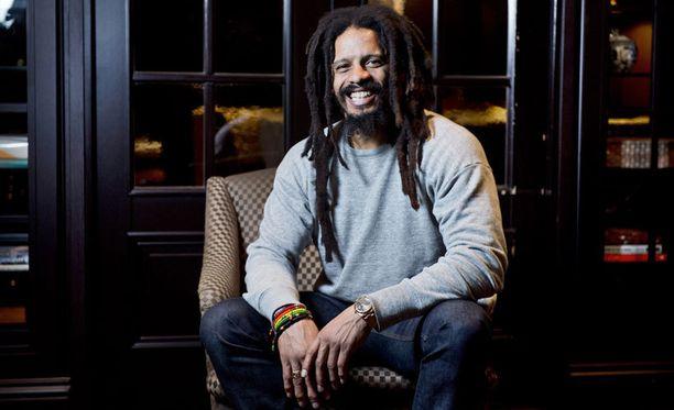 House of Marley on kehittänyt muun muassa kierrätysmateriaaleista valmistetun Rewind-kankaan. – Hyväntekeväisyys ja luonnonvarojen varjeleminen ovat erittäin lähellä sydäntäni.