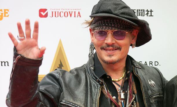 Tuore kuva paljastaa, ettei Johnny Depp voi hyvin.