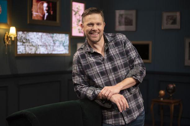 Radiojuontaja Juha Perälä nähdään elokuussa ensimmäistä kertaa juontamassa televisio-ohjelmaa.
