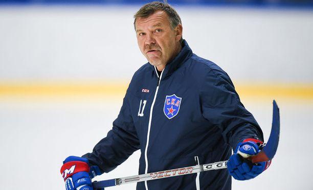 Oleg Znarokin luotsaama Pietarin SKA sai otteluun terävän alun, mutta sen jälkeen ote lipsahti Kazanille.