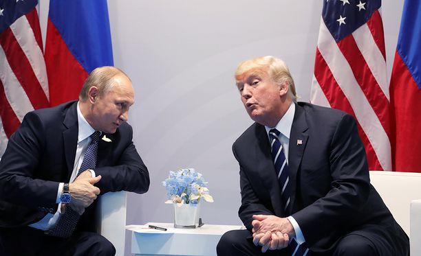 Vladimir Putinin ja Donald Trumpin tapaaminen venyi ennätyspitkäksi.