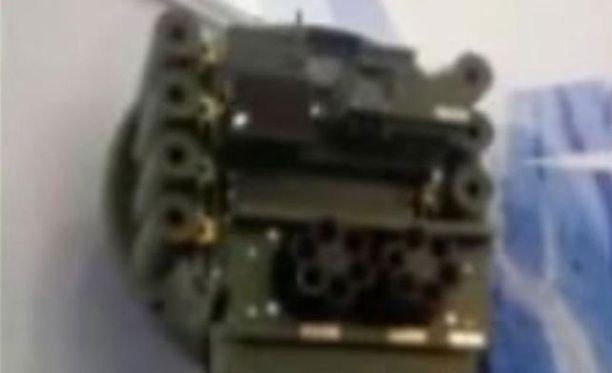 Robotin tutkajärjestelmä voi tunnistaa ihmisen seitsemän ja ajoneuvon jopa kymmenen kilometrin päästä.