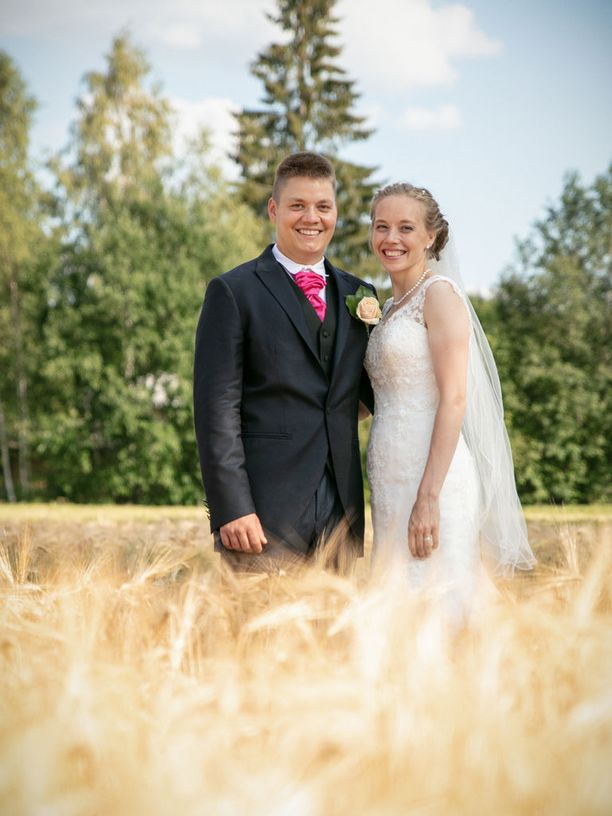 Tero osallistui Maajussille morsian -ohjelmaan vuonna 2016. Rakkaus löytyi lopulta ohjelman ulkopuolelta Merikarvialle muuttaneesta nuorisotyönohjaaja Annesta.