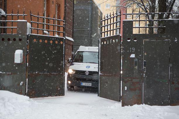 Kymenlaakson käräjäoikeus tuomitsi miehen oikeudetta vankilaan. Arkistokuva Kotkan oikeustalolta.