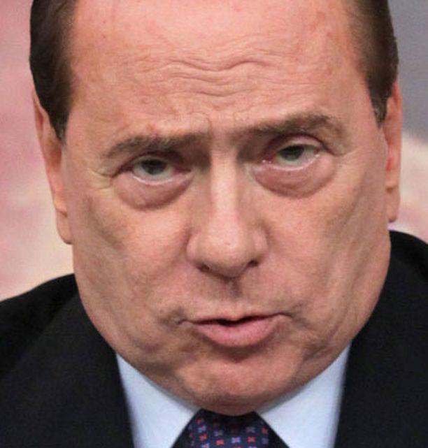 Silvio Berlusconi on tunnettu värikkäistä naisseikkailuistaan.