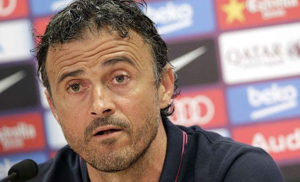 Luis Enriquen papereissa Real Madrid ja Barcelona ovat haastajia.