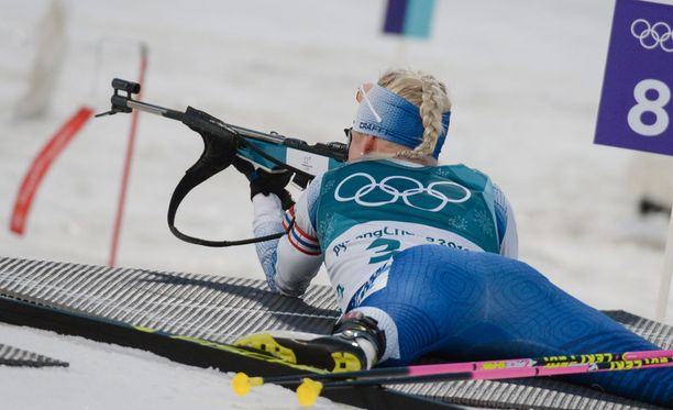 Kaisa Mäkäräisen kantti pentti ammunnassa torstaina Koreassa naisten 15 kilometrin normaalimatkan kilpailussa.