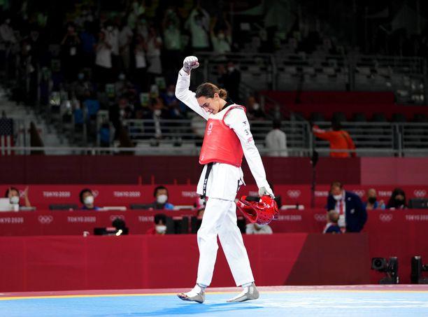 Kimia Alizadeh kaatoi matkallaan pronssiotteluun muun muassa kaksinkertaisen olympiavoittajan.