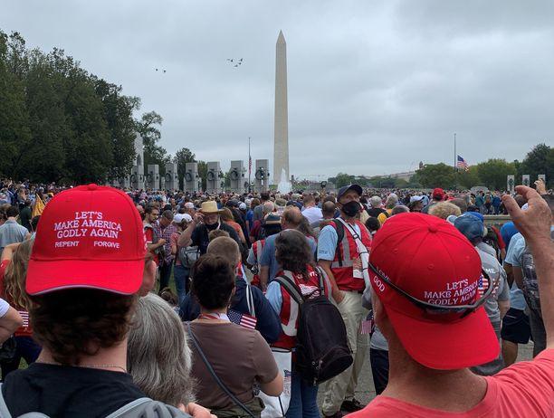 Washingtonissa järjestetylle rukousmarssille osallistui kymmeniä tuhansia uskovaisia.