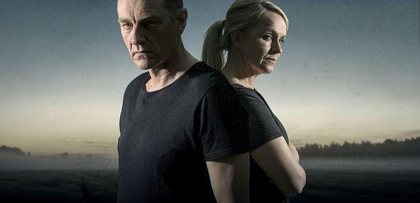 Ville Virtanen ja Anu Sinisalo jatkavat pääosissa. Vierailevina tähtinä mukana nähdään muun muassa Irina Björklund, Mikko Leppilampi, Janne Virtanen ja Laura Malmivaara.