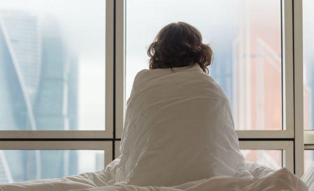 Aamulla kannattaa nousta ylös ja hankkiutua valoon.
