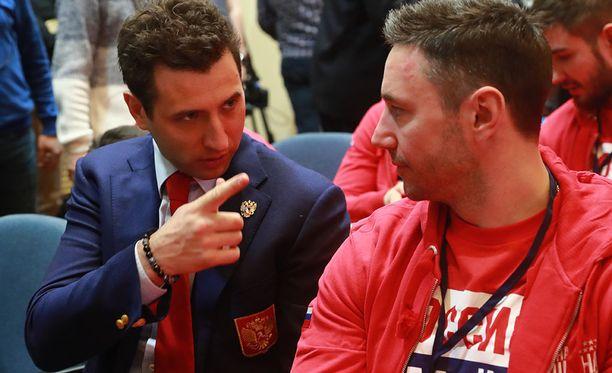 Roman Rotenbergilla ja Ilja Kovaltshukilla on valtaa venäläisessä jääkiekossa - ja he ovat olympialaisten kannalla.