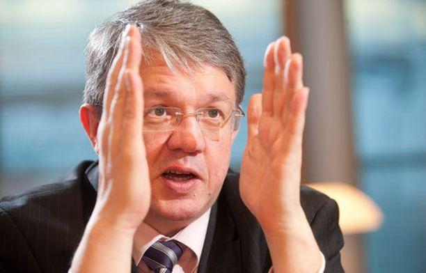 Juha Rehulan mielestä Jyrki Katainen vääristelee keskustan mallia.