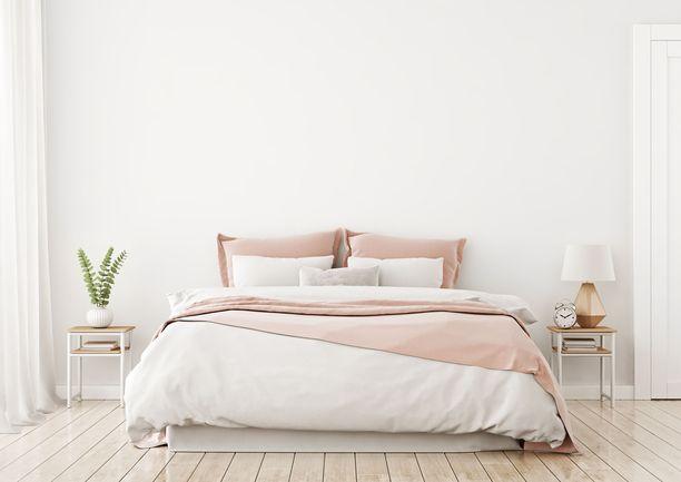 Vaikka makuuhuone olisi muuten kutsuva, päädyn puuttuminen voi fengshuin mukaan olla selitys huonoille yöunille.